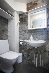 Bathroom at Ground floor apartment Reykjavik